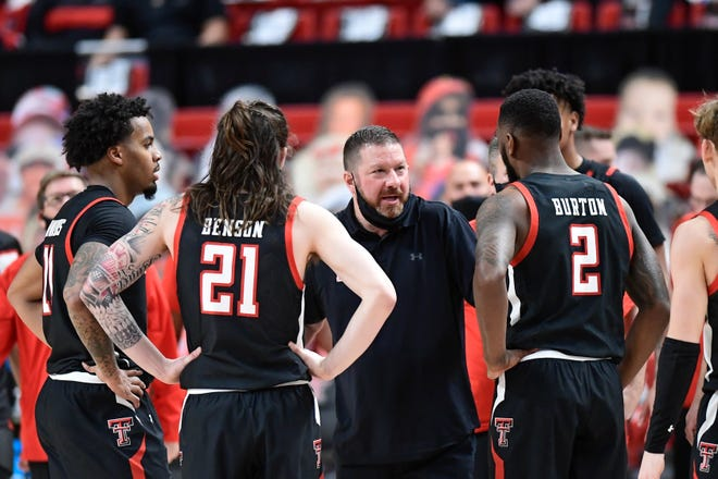 Texas Tech head coach Chris Beard talks with his team during the second half of an NCAA college basketball game against Baylor in Lubbock, Texas, Saturday, Jan. 16, 2021. (AP Photo/Justin Rex)