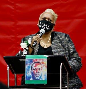 Evangelist Dr. Sharon Johnson, the keynote speaker at the 46th annual Martin Luther King Jr. Community Celebration, sponsored by the Leila Green Alliance of Black School Educators addresses the audience Jan. 18. (Provided Photo/Leila Green Alliance of Black School Educators)