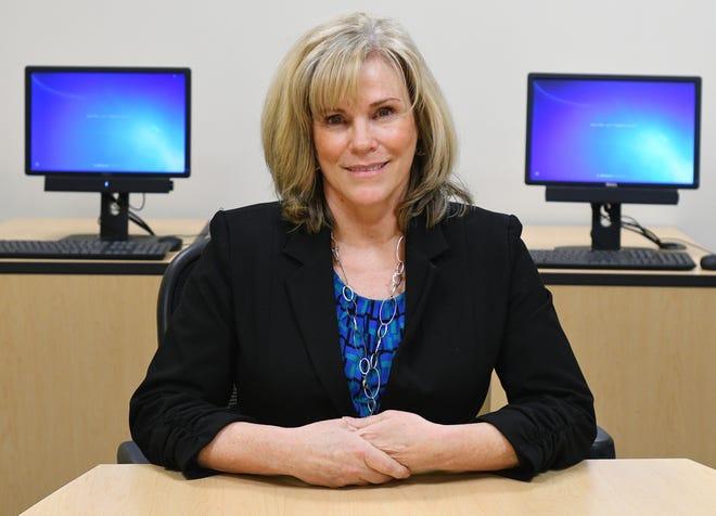 Eileen Cazaropoul