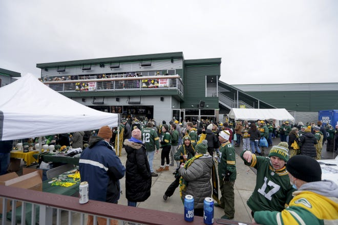 Packers fans gather at Stadium View in Ashwaubenon before the team's playoff game against the Los Angeles Rams on Jan. 16.
