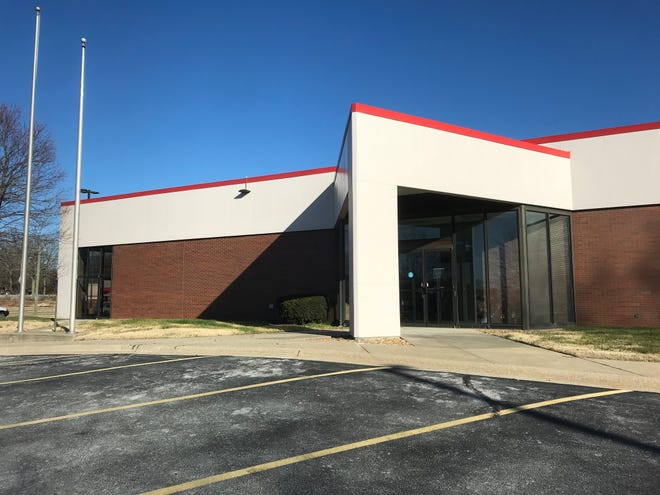 Reader asks about former Bank of America building at 2540 E. Sunshine St.