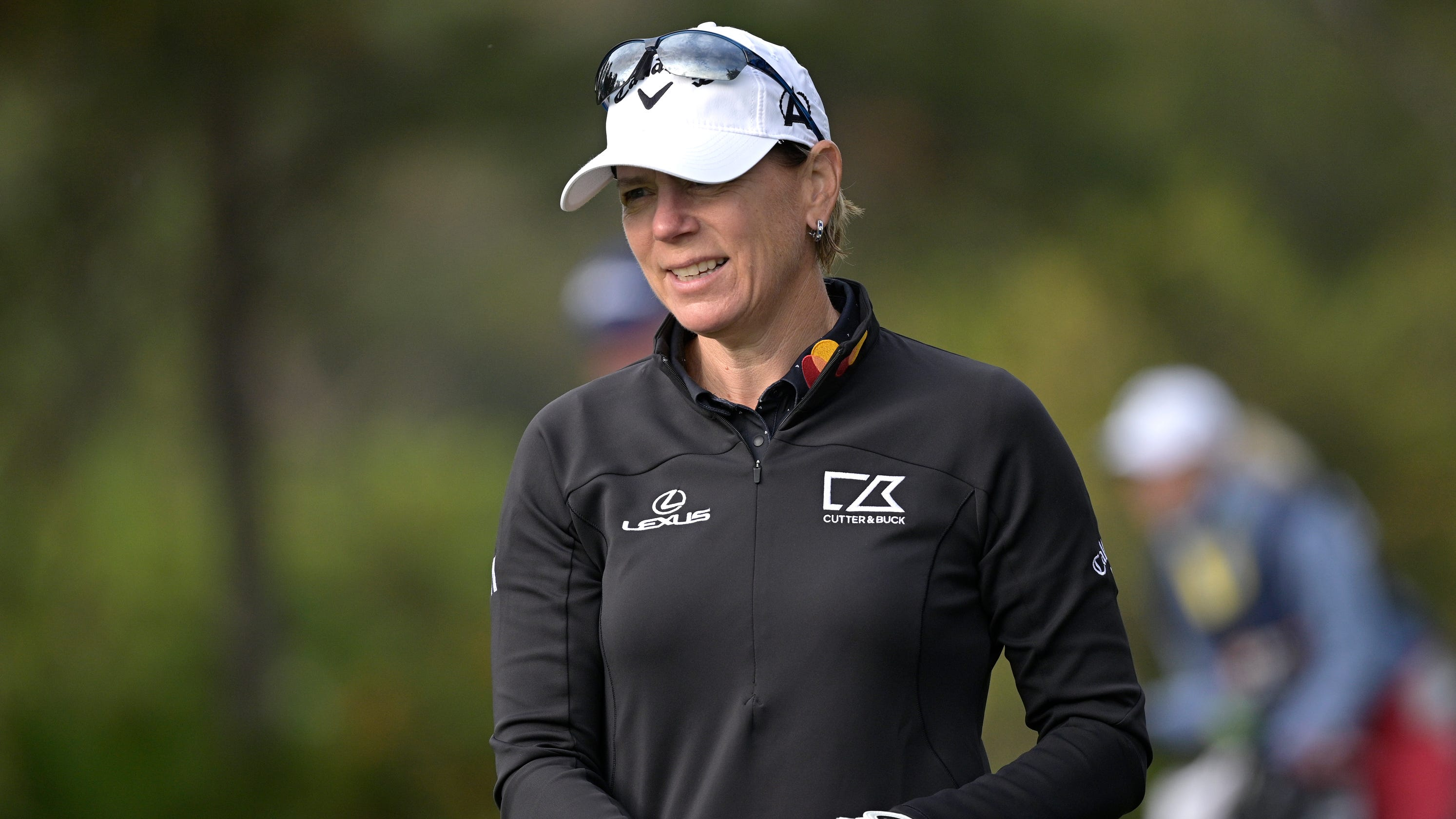 Opinion: Annika Sorenstam and much of golf world refuse to break from Donald Trump