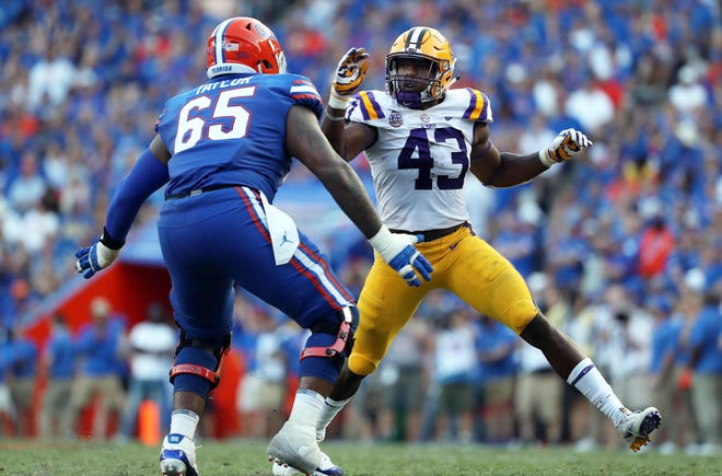 LSU Tigers Ray Thornton rushes as Florida Gators offensive lineman Jawaan Taylor blocks during a 2018 game. Texas announced Wednesday that Thornton, a Killeen native, has transferred to play for the Longhorns in 2021.