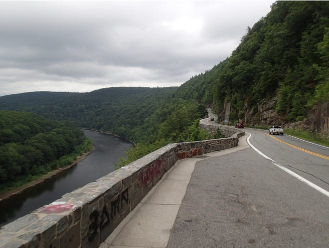 Hawk's Nest, along New York Route 97 in the Town of Deerpark along the Upper Delaware River, shows a nearly shear face of continuous outcrop of Devonian-aged sandstone. The feature may be a deposit from glacial meltwater emptying into a proto-Delaware River or pro-glacial lake, according to the ew York State Museum and Geological Survey.