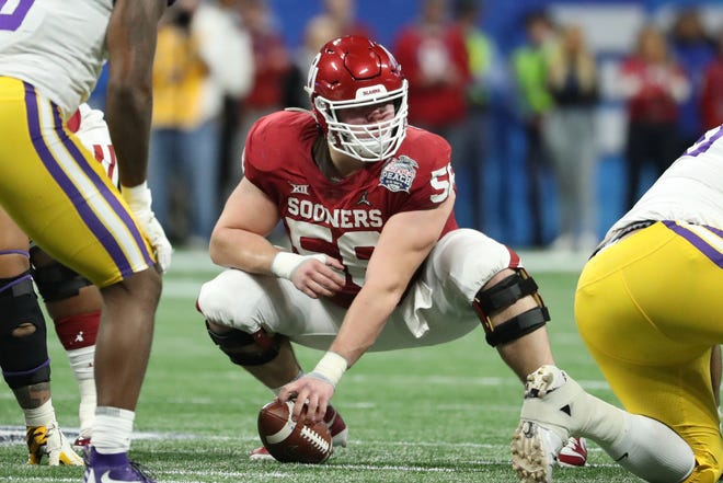 Oklahoma Sooners center Creed Humphrey (56) prepares to hike the ball during the 2019 Peach Bowl. [JASON GETZ/USA TODAY Sports]