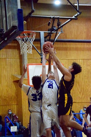 The Menard Yellowjackets flew into Olfen on Tuesday night, coming away with a 70-26 win.