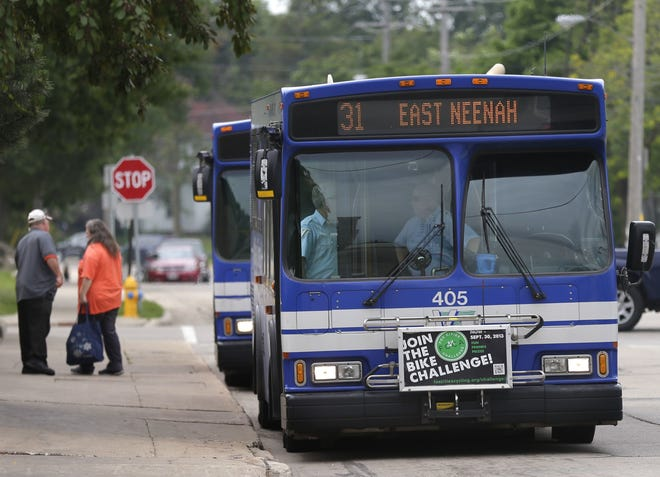 Valley Transit currently has one route that goes between Neenah and Oshkosh.