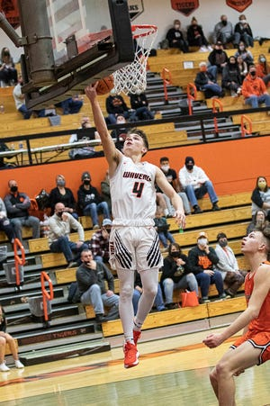 Waverly junior guard Trey Robertson was named Division II District 14 Coaches Association Co-Player of the Year.
