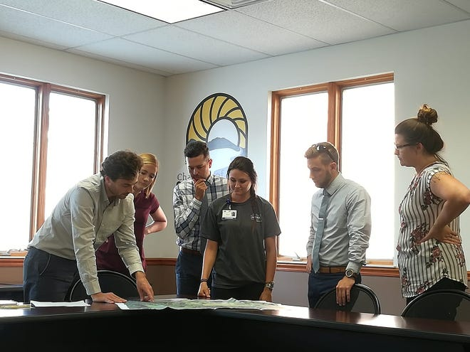 Empowering Young Professionals in Chillicothe (EPIC) was formed in 2016 when the Chillicothe Ross Chamber of Commerce began investigating ways to retain young employees in the community. After taking a hiatus in 2019, the organization has been relaunched and revamped for the new year.