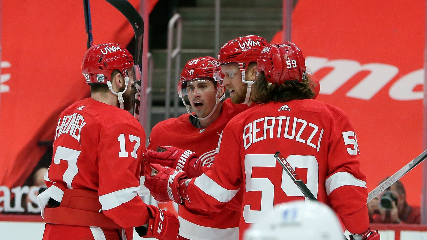 With Dylan Larkin hurt, here's how Detroit Red Wings will cope with significant injuries