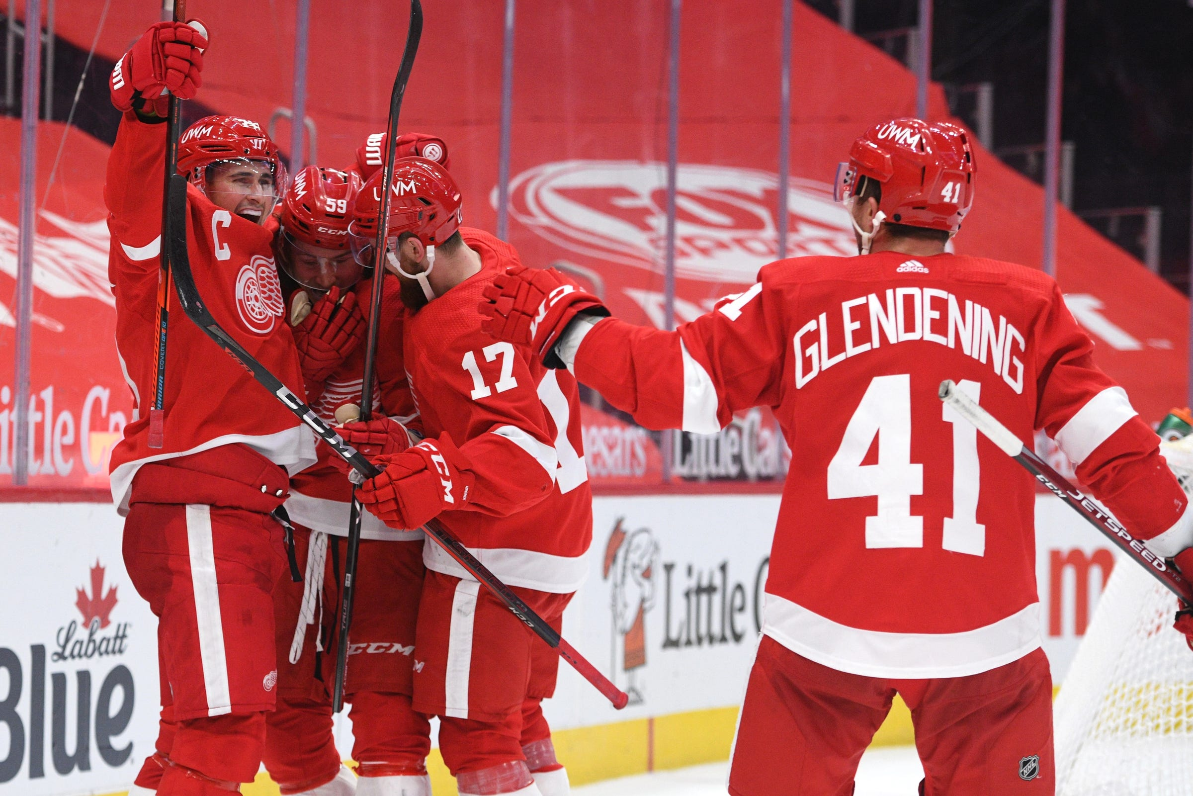 Tyler Bertuzzi scores in OT to lift Detroit Red Wings over Blue Jackets