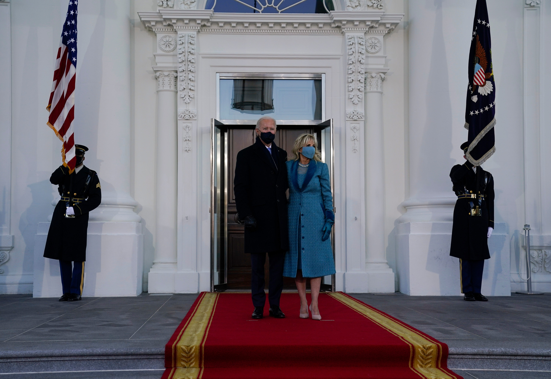 Biden becomes president, begins White House duties