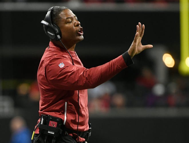 Arizona Cardinals head coach Steve Wilks gestures during a 2018 game against the Atlanta Falcons.
