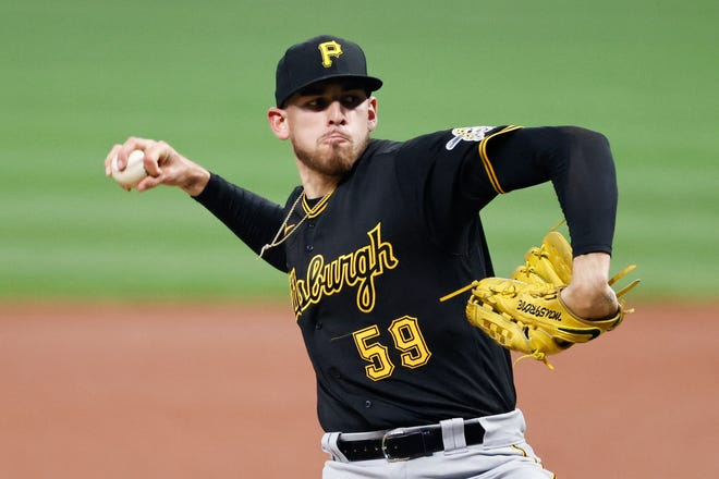 On Monday, the San Diego Padres added another pitcher to their rotation, agreeing to bring right-hander Joe Musgrove to his hometown in a trade with the Pittsburgh Pirates.