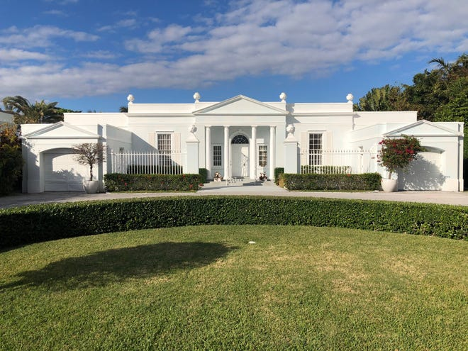 This lakefront home at 500 Regents Park will undergo an interior and exterior renovation, and also will be raised about 2 feet. The home, built in 1959, was purchased last year for $7.5 million by jazz musician Robert A. Merrill.