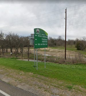 A mixed-use development on a 188-acre property on the north side of U.S. Highway 287 West was unanimously denied by the Waxahachie City Council during Tuesday night's meeting.
