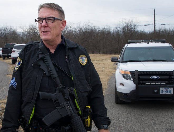 Wichita Falls Police Department spokesman, Sgt. Charlie Eipper updated the public Thursday morning while officers investigated a shooting suspect.