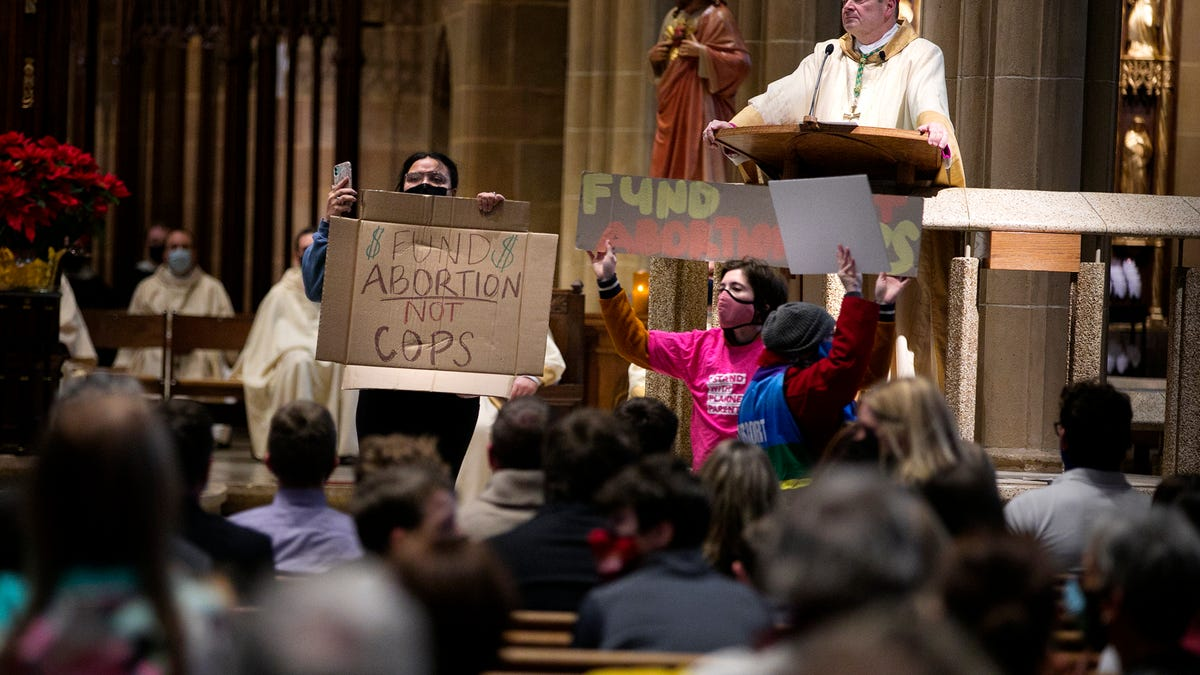 Pro-Abortion Activists Face Misdemeanor Charges for Disrupting Pro-Life Mass at Ohio Cathedral