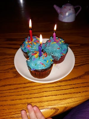 Cupcakes made by Lovina's daughter Elizabeth for Jennifer's birthday celebration.