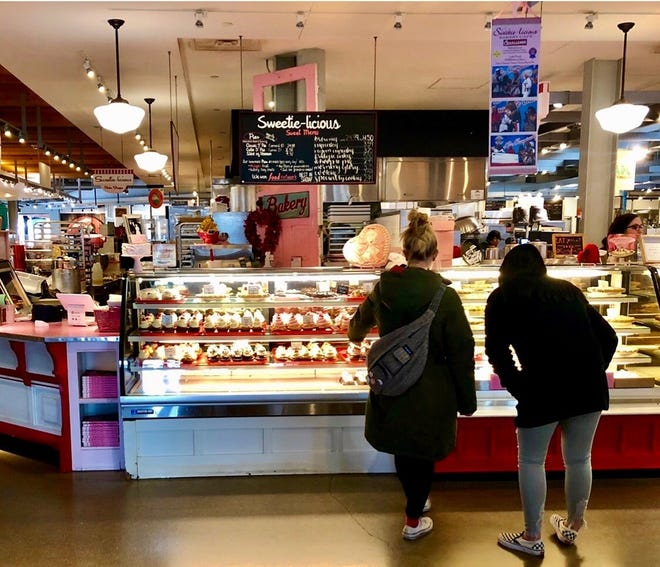Sweetie-licious Bakery Cafe's Grand Rapids location will close at the end of February.