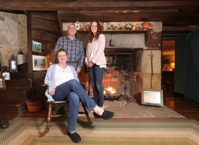 Carrie and Brian Adams and their daughter Ashley Ensley own and operate Headley Inn Bed and Breakfast in Zanesville. The inn, built between 1833 and 1835, is on the National Register of Historic Places.