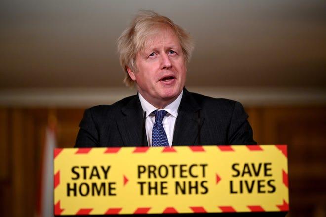 Le Premier ministre britannique Boris Johnson s'exprime lors d'une conférence de presse virtuelle sur la pandémie du nouveau coronavirus COVID-19, au 10 Downing Street, dans le centre de Londres, le 22 janvier 2021.