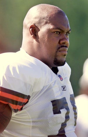 Cleveland Browns Tony Jones at practice, July 27, 2001, at the Browns  training facility in Berea. [Beacon Journal file photo]