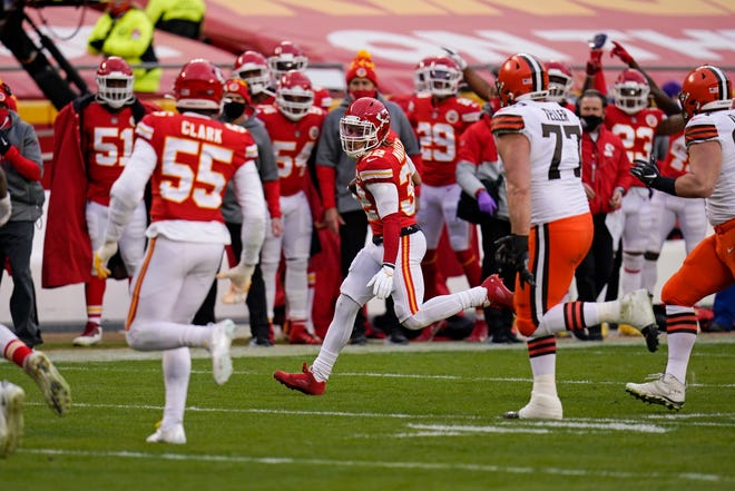 Kansas City Chiefs safety Tyrann Mathieu (32) returns an interception during an NFL divisional-round playoff game against the Cleveland Browns last Sunday in Kansas City.