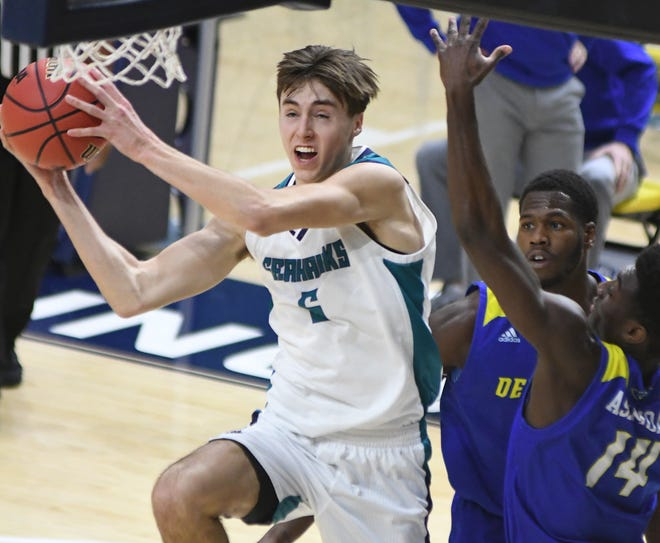 Jake Boggs played in every game for UNCW basketball this season but has entered the transfer portal.