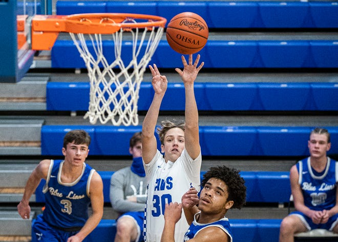 The Chillicothe boys basketball team fell to Washington Court House 67-62 Friday evening at Chillicothe High School on Jan. 22, 2021.