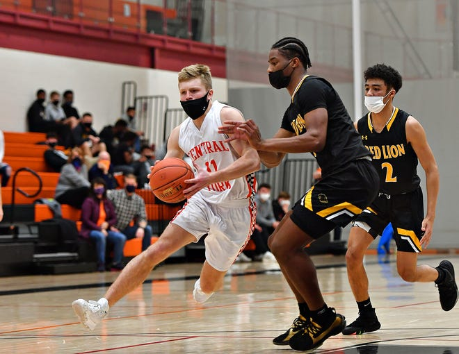 Red Lion vs. Central York during boys' basketball action at Central York High School in Springettsbury Township, Friday, Jan. 22, 2021. Central York would win the game 78-75. Dawn J. Sagert photo