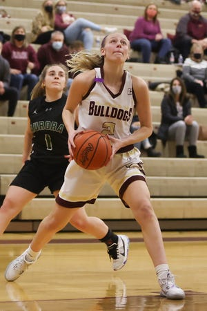 Stow senior Isabella Adams drives to the basket during Saturday night's home game against Aurora High School, January 23, 2021.