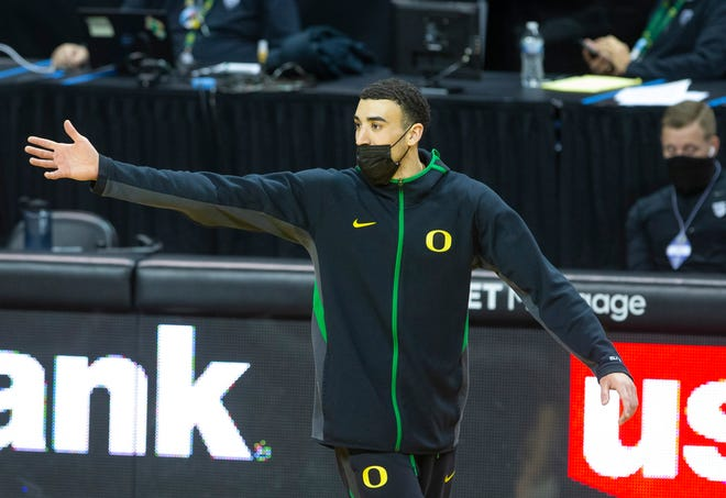 Chris Duarte missed Saturday's loss to Oregon State because of COVID-19 protocols but could be back in the lineup for Thursday's game at UCLA.