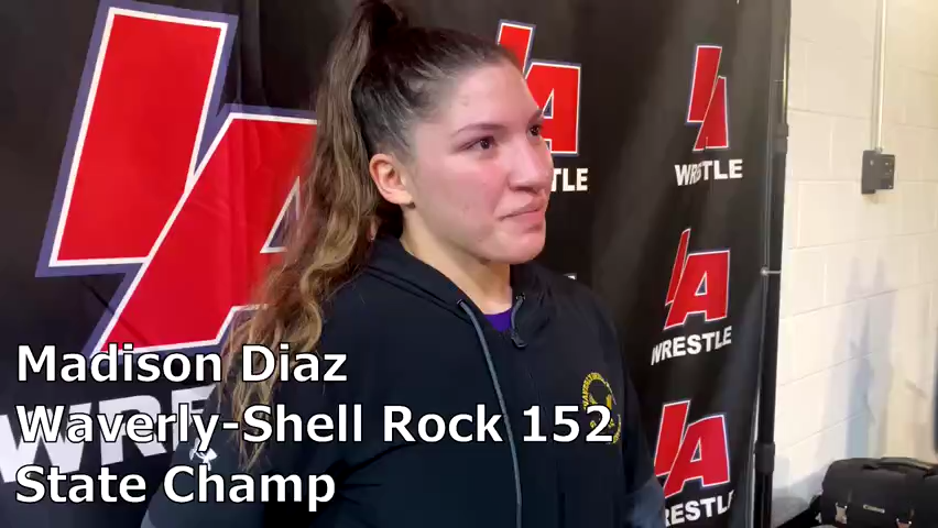Waverly-Shell Rock's Madison Diaz won a girls' state wrestling title with her sister