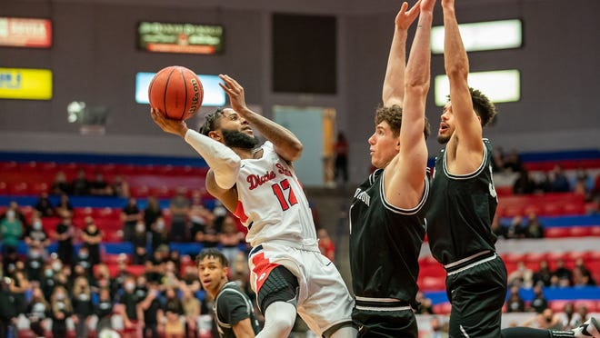 Cameron Gooden rises against two Grand Canyon defenders on Saturday's 81-46 loss.