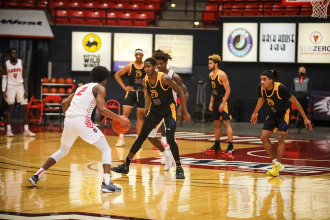 The New Mexico Lobos played San Jose State at the Burns Arena on Dixie State's campus.