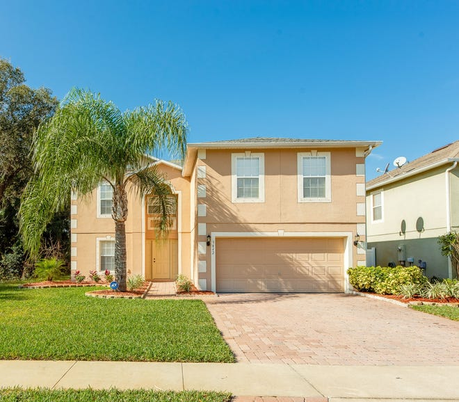 This meticulously maintained four-bedroom, two-and-a-half bath home is located in Port Orange's Sunset Cove community.