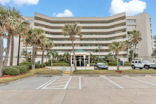 This three-bedroom, three-bath direct-oceanfront condo in Ponce Inlet offers a little piece of paradise.