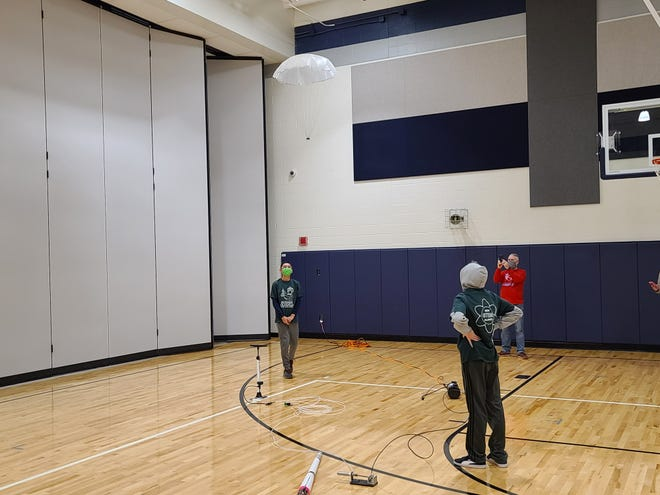 Ping Pong Parachute teammates Luke Metoki and Noah Bartlett took a second place flight at the Westlake Invitational.