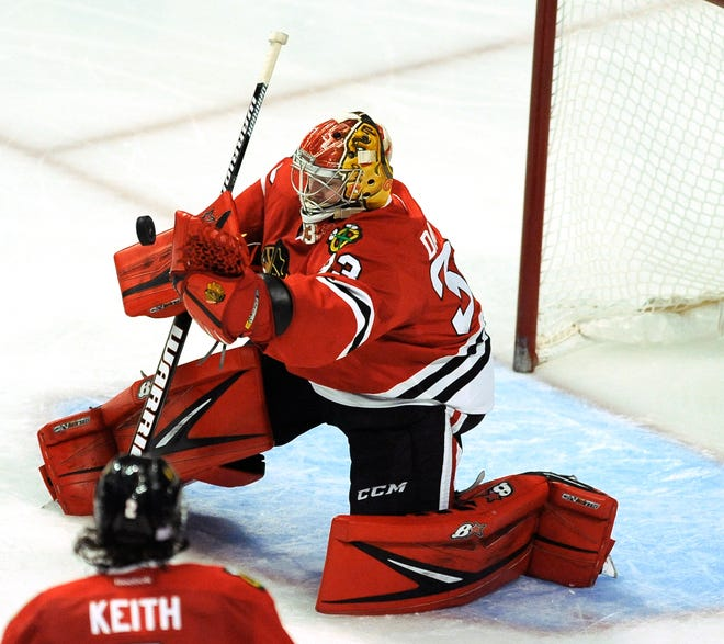Former Chicago Blackhawks and Rockford IceHogs goalie Scott Darling, shown making a save against the Dallas Stars on Nov. 6, 2016, in Chicago, was signed to a PTO by Rockford on Sunday.