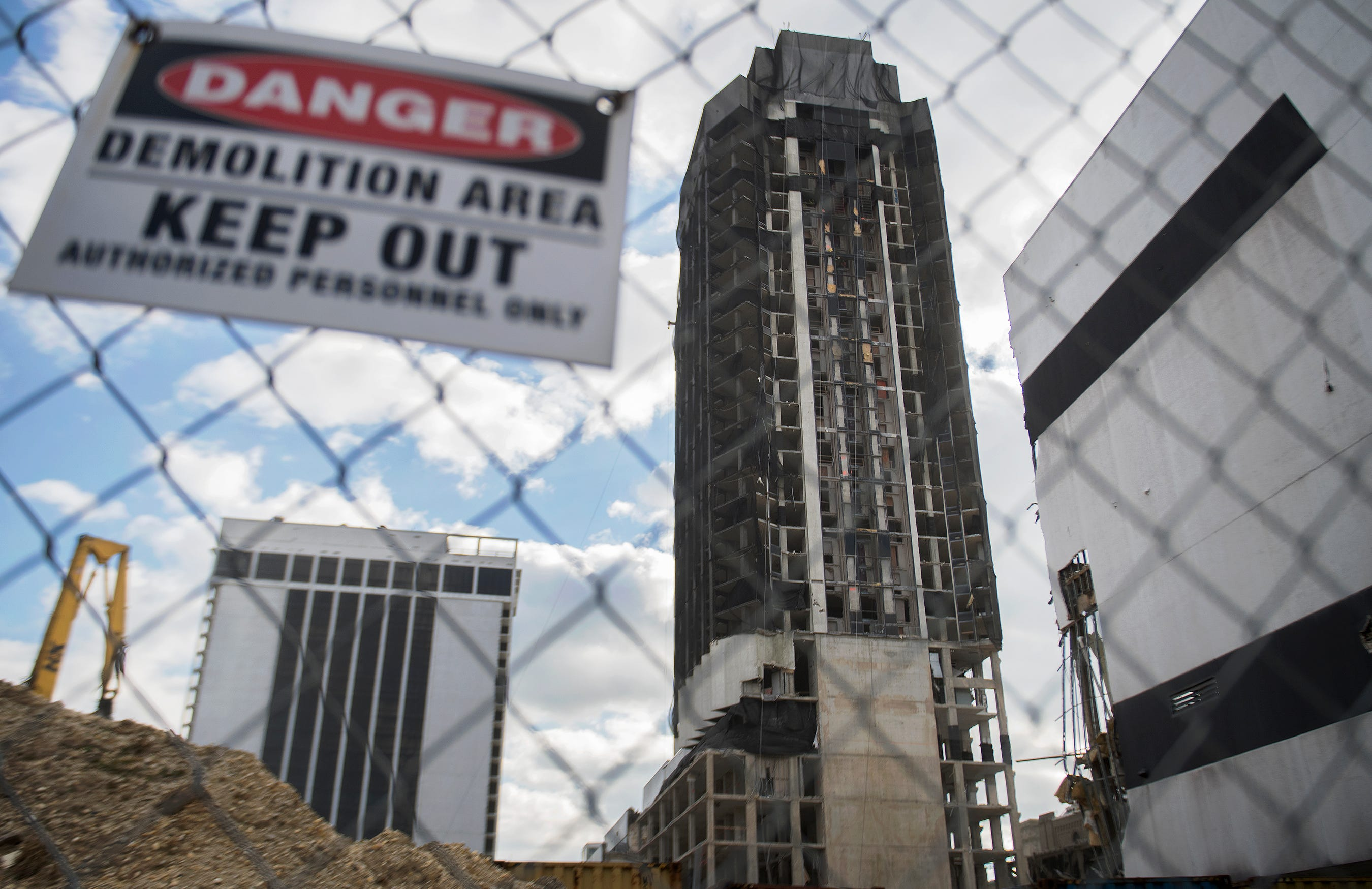Trump era in Atlantic City to end with a blast Wednesday in implosion of Trump Plaza