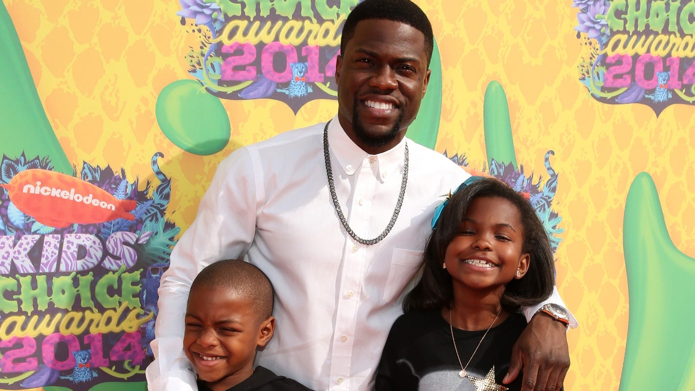 Kevin Hart reflects on 'eye-opening' crash, says pandemic let him 'truly tap into fatherhood' - USA TODAY