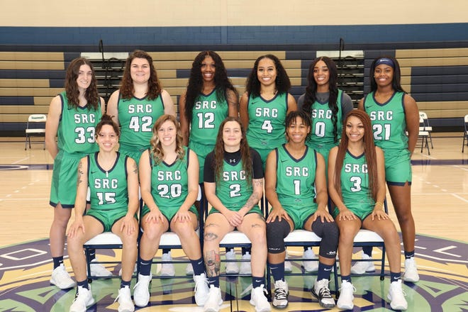 Pictured are the women's basketball team at Spoon River College.