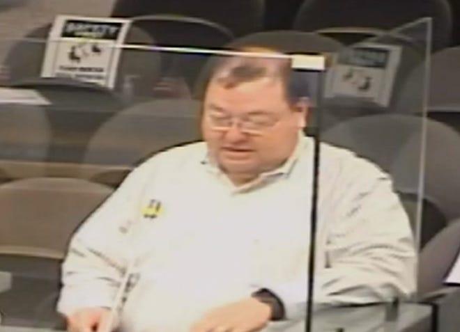 Terrebonne Emergency Preparedness Director Earl Eues addresses the council Monday night.