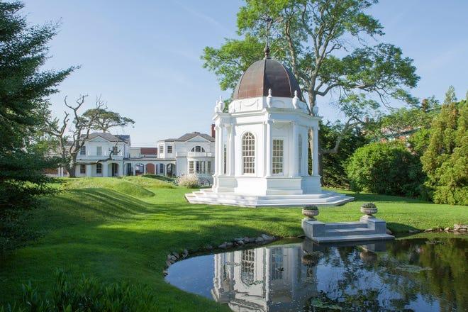 Bellevue House gardens in Newport, Rhode Island