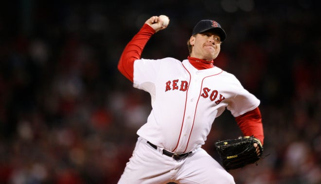 Former Red Sox pitcher Curt Schilling, who was not elected to the Baseball Hall of Fame in his ninth year of eligibility, wrote on Facebookthat he has asked the Hall of Fame to remove his name from the ballot.