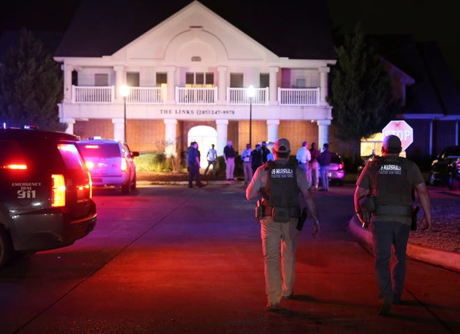 A Tuscaloosa Police officer was wounded after being shot in the area of The Links apartments in south Tuscaloosa Monday, Jan. 25, 2021. The officer was taken to DCH Regional Medical Center for treatment of what a police spokesperson classified as a non-life-threatening wound. [Staff Photo/Gary Cosby Jr.]