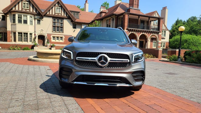 The stylish front end of the 2020 Mercedes GLB.