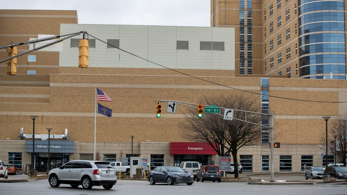 COVID cases lead Indianapolis hospital leaders to push vaccinations