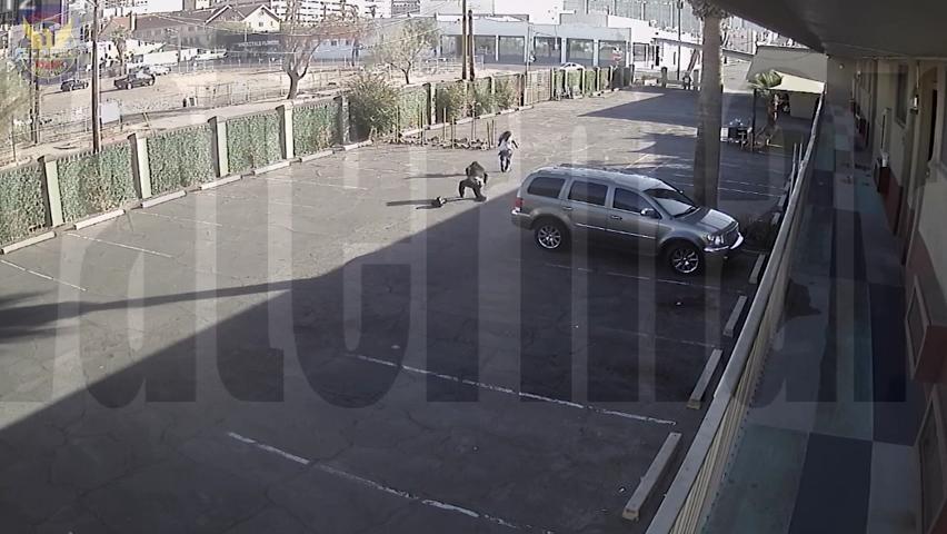 Phoenix police shoot man holding baby hostage